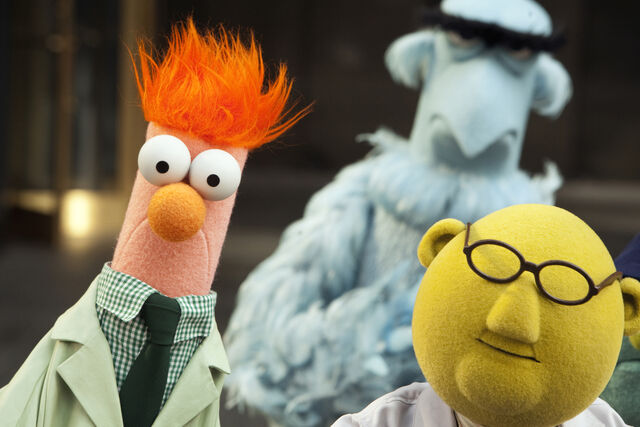 File:TheMuppets-2635077397.jpg