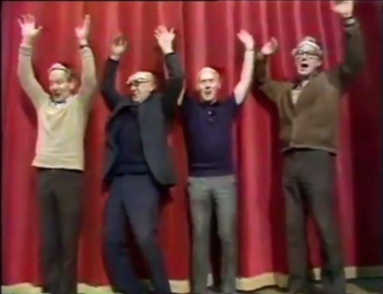 File:Muppet show crew video atv.jpg
