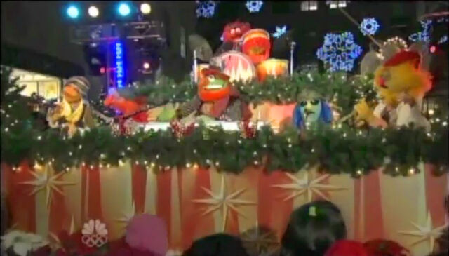 File:ChristmasInRockefellerCenter2009-ElectricMayhem.jpg