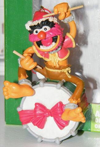 File:Midwest animal drum ornament.jpg