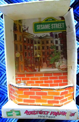 File:Topper educational toys 1972 roosevelt franklin puppet 3.jpg
