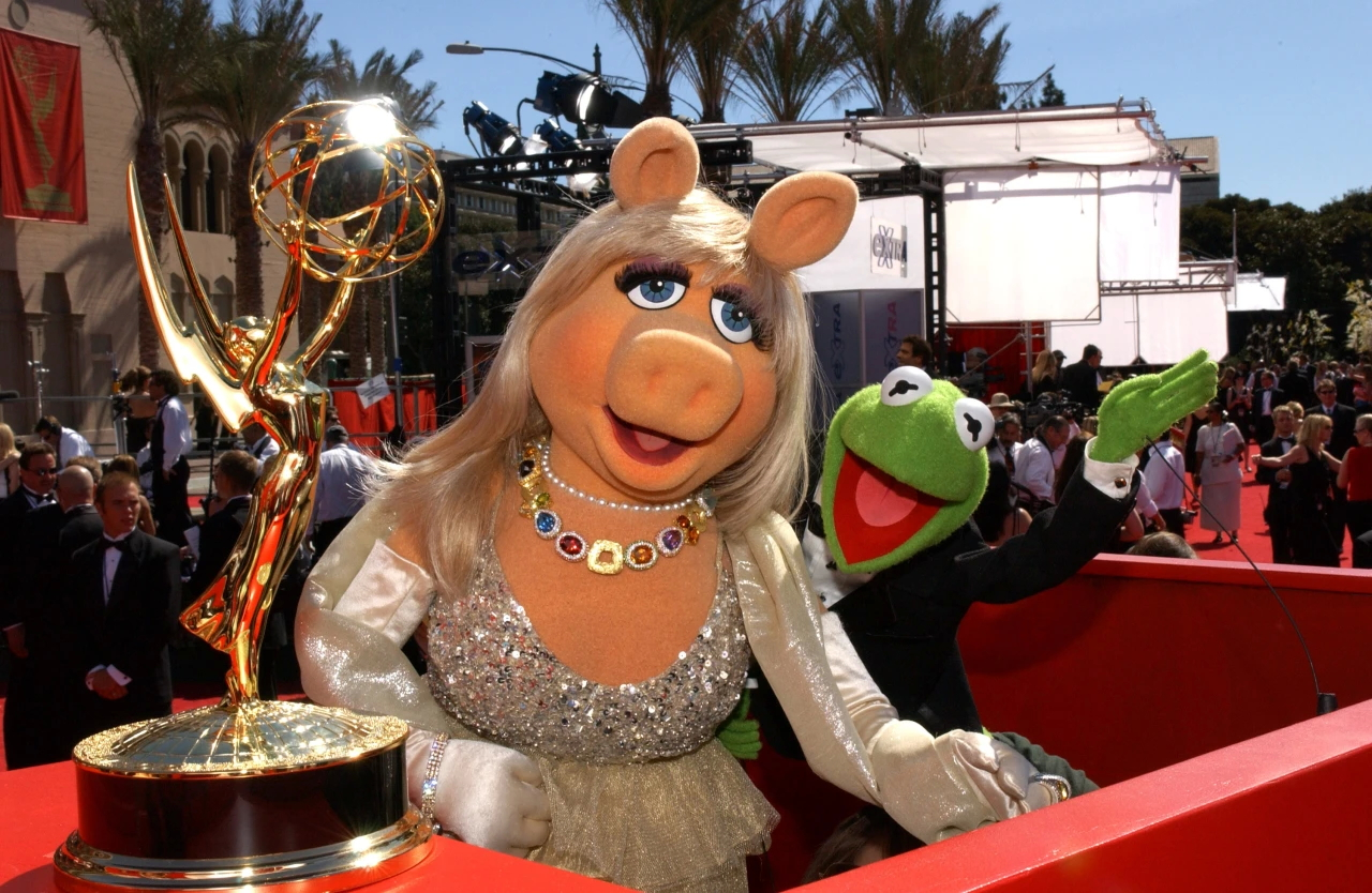 File:2004 Emmy Awards Ceremony preshow.JPG