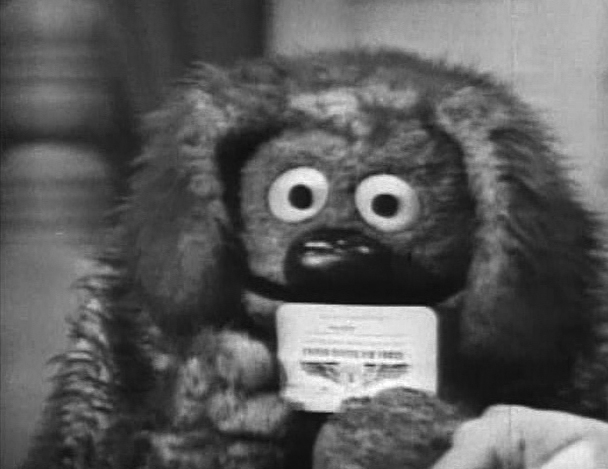 File:Rowlf Becomes an Air Force Recruiter 2.jpg