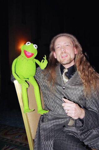 File:KermitSteve1.jpg