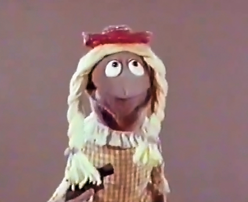 File:SuzyMuppet.png