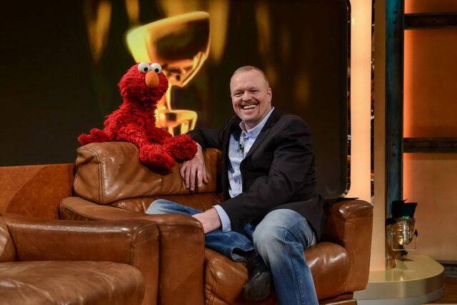 File:TV-Total-Elmo-StefanRaab-(2015-10-05).jpg