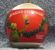 Hallmark1982SeasonsGreetings