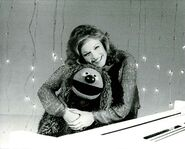 Phyllis George03