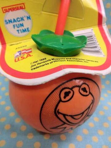 File:Superseal 1988 muppets orange sipper 2.jpg