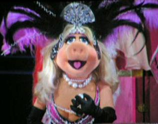 File:Piggy Cher.jpg