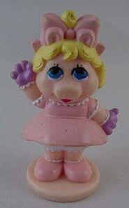 BabyPiggyCakeTopper1985