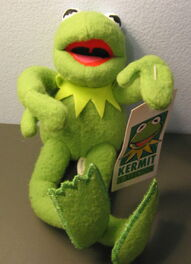 Applause kermit collection doll and clip-on watch 3