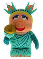 Piggy liberty vinylmation2