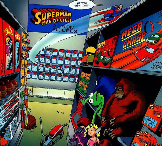 File:Supermantoyman-kermitcookiemonster.jpg
