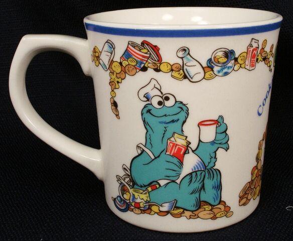 File:Cookie mug 1977.jpg