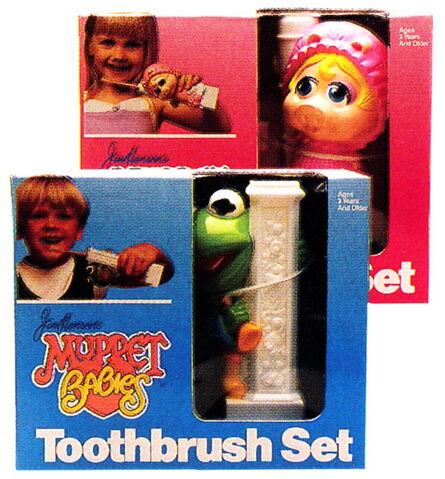 File:Ideal 1987 toothbrush sets 2.jpg