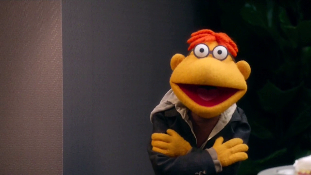 File:TheMuppets-S01E08-ScooterArms04.png