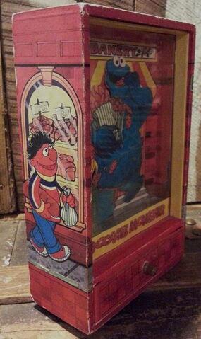 File:Gorham cookie monster dancing trinket shadow box 4.jpg