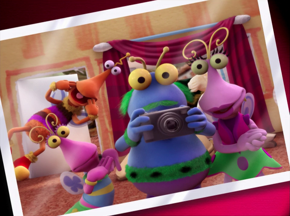 File:CGI-Twiddlebug-Family-Portrait.jpg