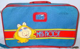 Butterfly originals 1981 suitcase set