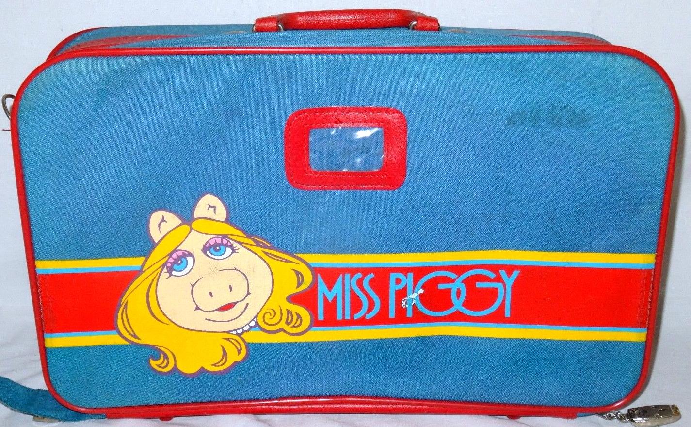 File:Butterfly originals 1981 suitcase set.jpg