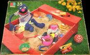 Milton bradley 1985 sandbox puzzle