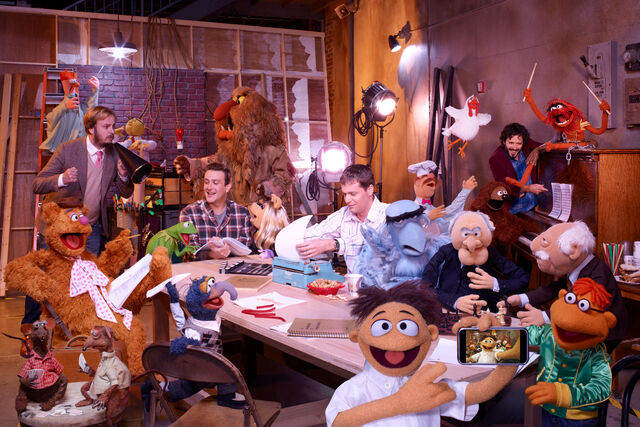 File:Muppets Group FilmMakers comp.jpg