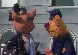Bear on Patrol tms405