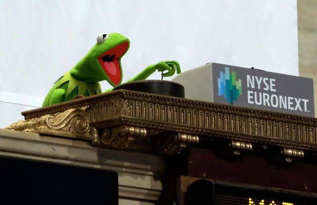 File:Kermit nyse.jpg