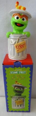 File:Treasure craft 2000 oscar salt and pepper 1.jpg