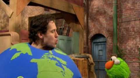Sesame Street It's Easy Being Green