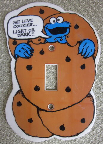 File:Demand marketing light switch 1980 cookie m.jpg