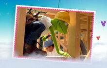 Disneyparkssite-kermithammer