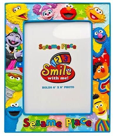 File:Sesame place frame friends.jpg