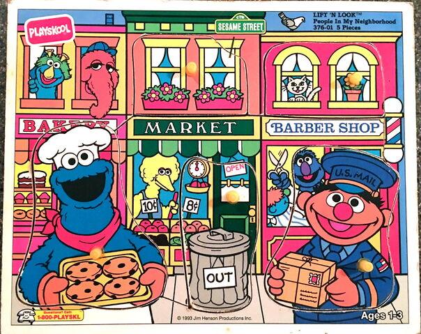 File:Playskool 1983 lift and look piyn.jpg