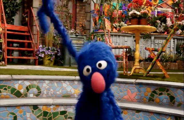 File:Grover-NaeNae.png