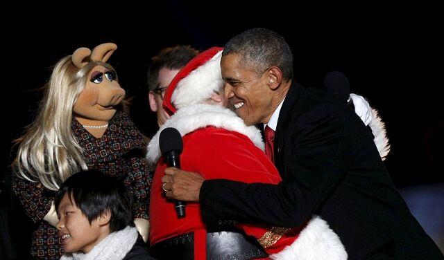 File:Obama-Santa-Piggy (3).jpg