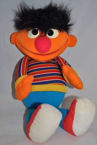 File:Playskool ernie puppet 1986.jpg