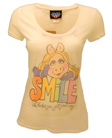 File:Junk food 2012 piggy t-shirt smile.jpg