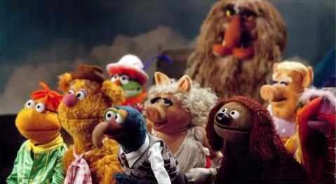 File:Muppet group 2011.jpg
