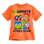 Disney store 2014 world tour t-shirt for boys
