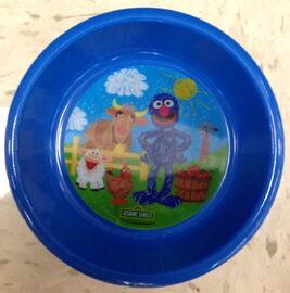 Jay franco 2011 crayon grover farm bowl