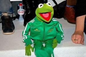Adidas-BerlinFashionWeek-Kermit-01-(2006-01-29)