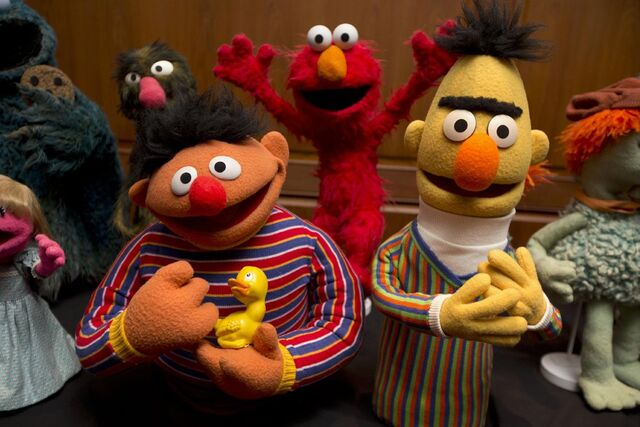 File:SmithsonianMuppets2013.jpg
