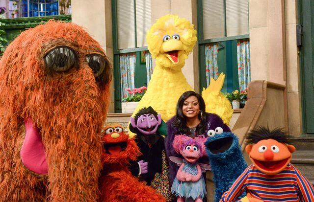 File:Sesame-SNL-2015.jpg