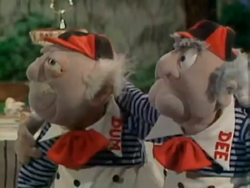 Statler-Dee and Waldorf-Dum