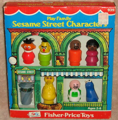 File:Fisher-price play family little people set sesame street characters 1.jpg