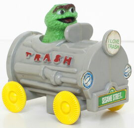 Knickerbocker 1978 oscar die-cast trash car