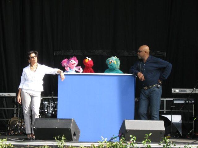 File:White-House-Egg-Roll-2010-Rehearsal.jpg