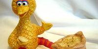 Sesame Street salt and pepper shakers (Enesco)